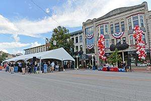 Fountain Square Celebrated its 30th Anniversary Since the CFC Renovation