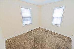421 W. 6th St. Bedroom