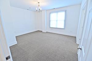 Kirkwood, Uptown Monarch, Bedroom 1